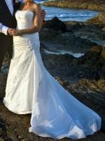 Beautiful La Sposa Off White Wedding Gown